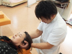 むち打ち症に対する手技療法